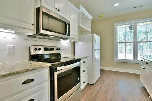 Custom Home - Bee Smart Construction